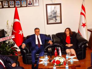 KKTC'nin 34. Kuruluş Yıldönümü münasebetiyle Başkonsolos İnanıroğlu tebrikleri kabul etti